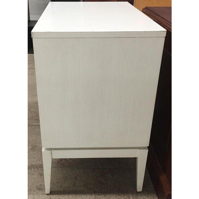 Mid-Century Kroehler White Side Chest of Drawers - Image 5 of 8