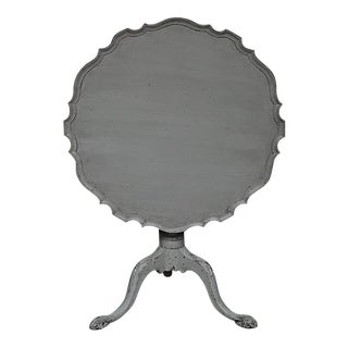 Antique Tilt-Top Table With Pie Crust Edge
