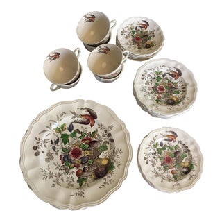 Royal Doulton 1940's Hamphire Pattern Fruit Bird Urn Transfer Ware - 34 Piece Set
