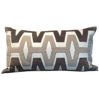 Maya Gray Pillow in Linen With Velvet Appliqué