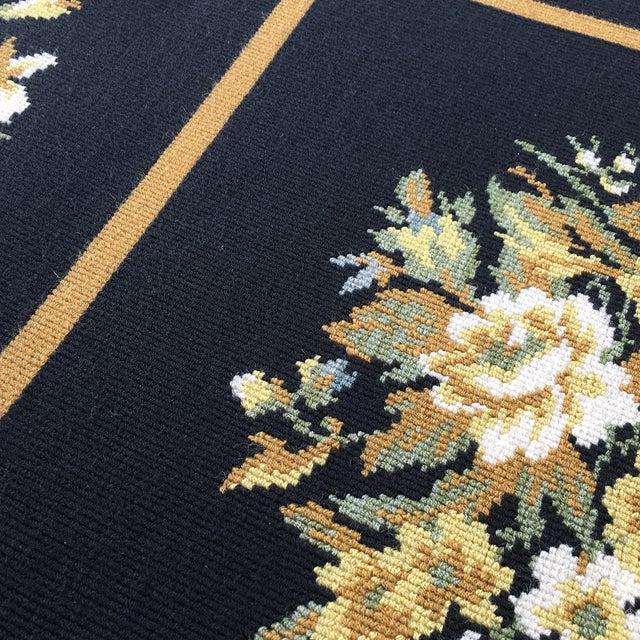 Image of Stark Floral Motif Area Rug - 11′2″ × 14′6″
