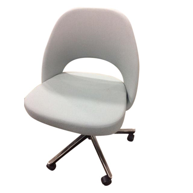 Knoll Saarinen Side Chair With Casters - Image 1 of 6