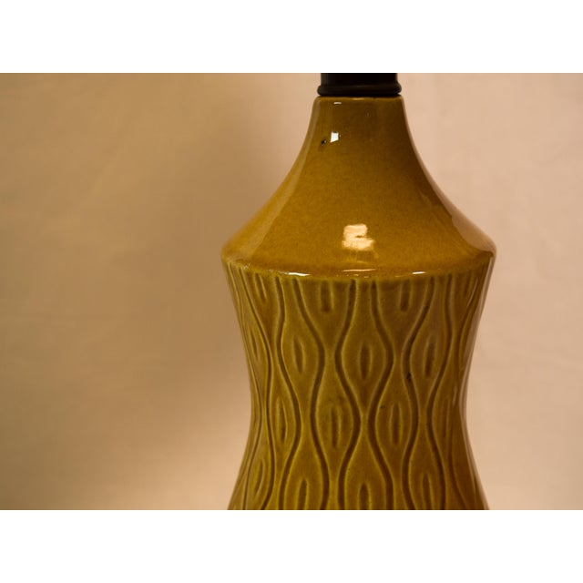 Mid-Century Modern Barrel Shade Ceramic Table Lamps- A Pair - Image 3 of 6