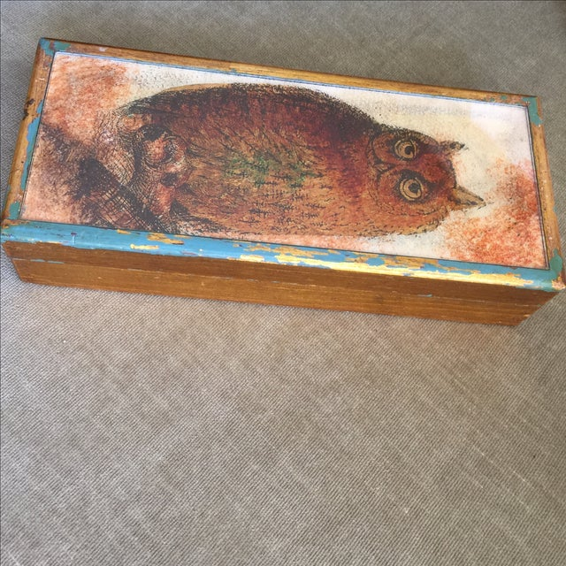 Mid-Century Distressed Owl Box - Image 7 of 9
