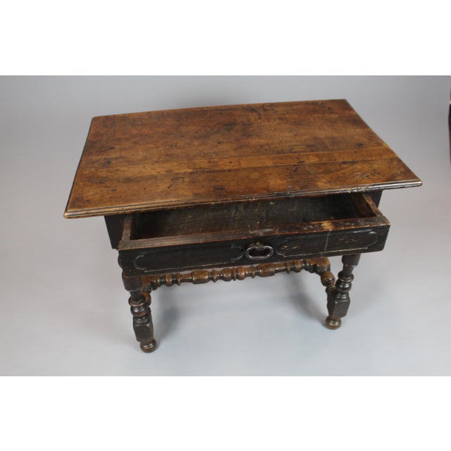 18th Century Walnut Console Table - Image 4 of 5