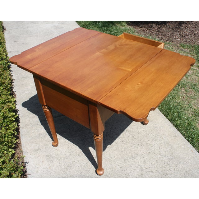 Vintage Queen Anne Style Drop Leaf Side Table - Image 4 of 5