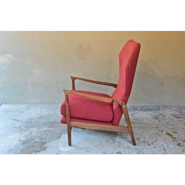 Image of American Walnut Wingback Recliner