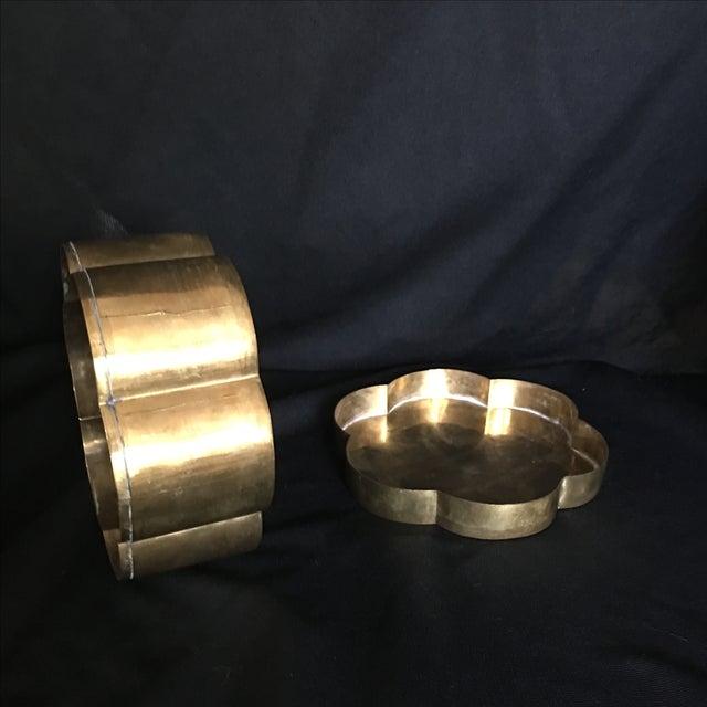 Image of Vintage 1970s Brass Scalloped Brass Box