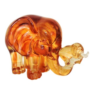 Vintage Chinese Amber Glass Elephant & Baby