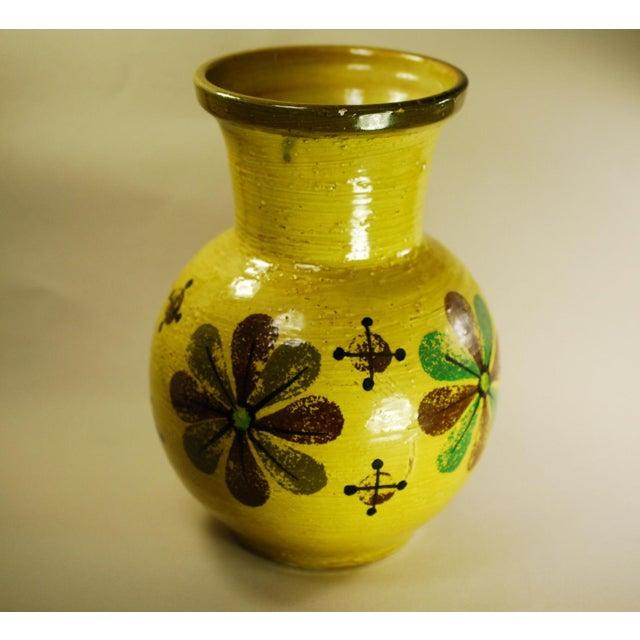 Mid Mod Bitossi Aldo Londi Yellow Pottery Vase - Image 3 of 8