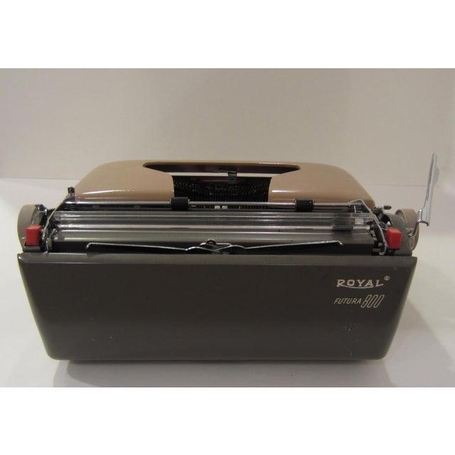 Mid-Century Royal Futura 800 Typewriter - Image 9 of 10