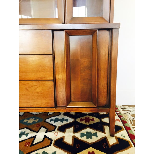Vintage Mid Century Walnut Hutch - Image 4 of 10
