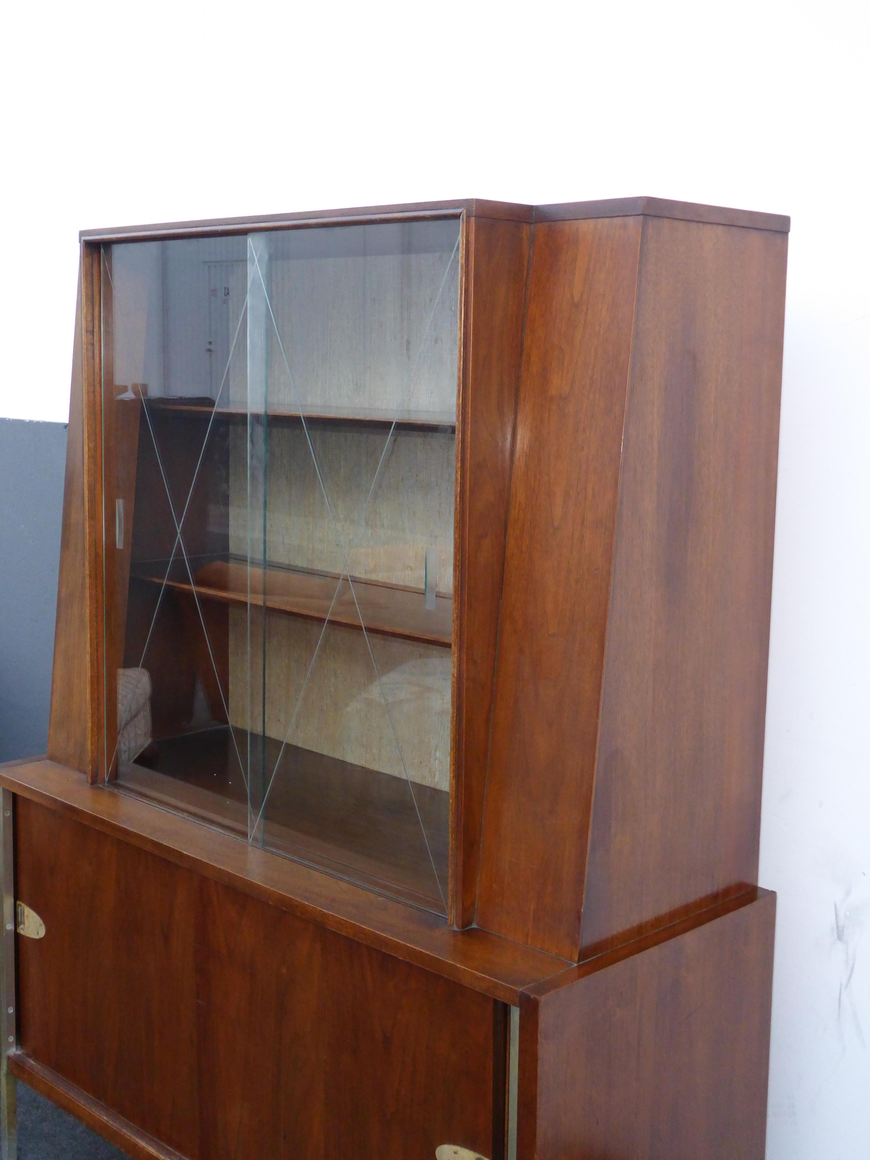 vintage mid century modern hutch display cabinet with etched glass doors by mengel image 6