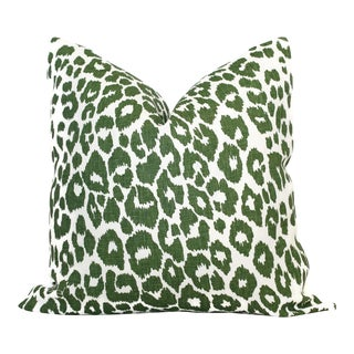 "20"" x 20"" Schumacher Leopard in Green Decorative Pillow Cover"