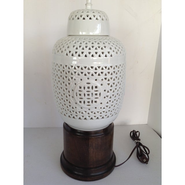Vintage White Ceramic & Wood Lamps - A Pair - Image 3 of 7