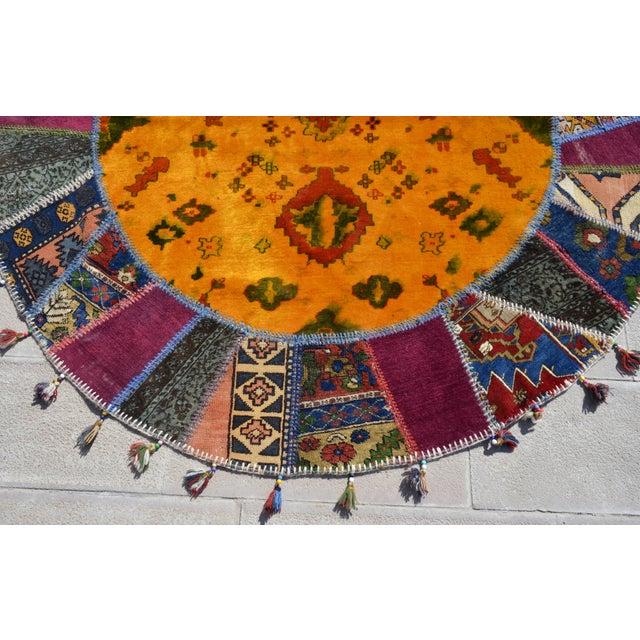 Turkish Handmade Patchwork Round Rug - 6′5″ × 6′5″ - Image 7 of 8