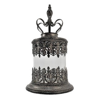 Elegant Glass Candle Holder With Crown Top