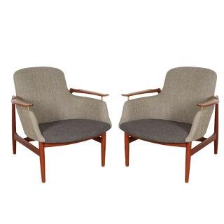 Danish Modern NV 53 Chairs by Finn Juhl, Pair