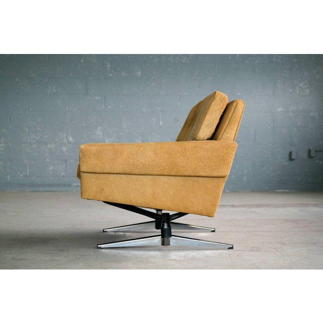 Svend Skipper Attributed Airport-Style Suede Two-Seat Sofa or Settee - Image 5 of 7
