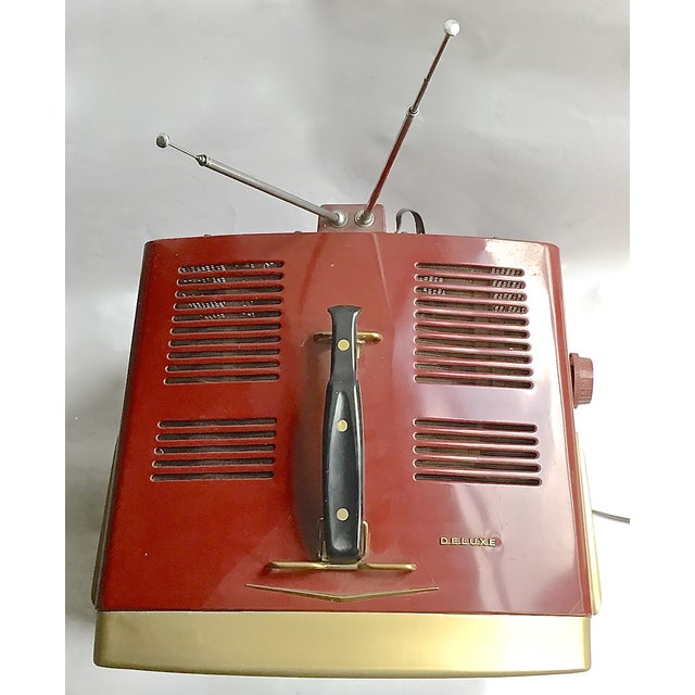 Mid-Century Modern RCA Victor DeLuxe Portable TV - Image 7 of 8