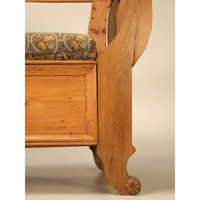 Sumptuous 19th C. Danish Pine Sleeping Bench W/Curves in All the Right Places - Image 10 of 10