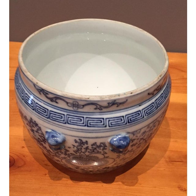 Blue & White Chinese Fish Bowl - Image 4 of 5