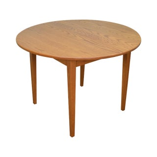 Hunt Country Furniture Solid Oak Round Dining Table