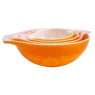 Mid-Century Pyrex Yellow Orange Nesting Bowls