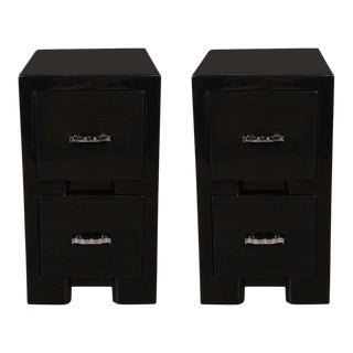 Streamline Pair of Art Deco Machine Age Black Lacquer End Tables or Nightstands
