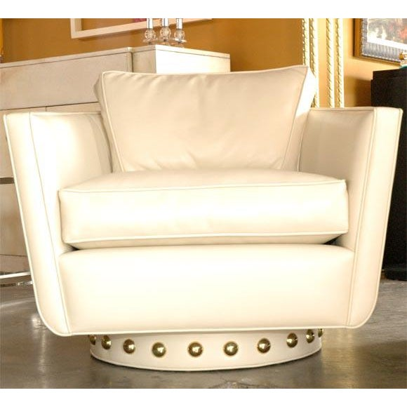 Customizable Paul Marra Swivel Lounge Chair - Image 10 of 10
