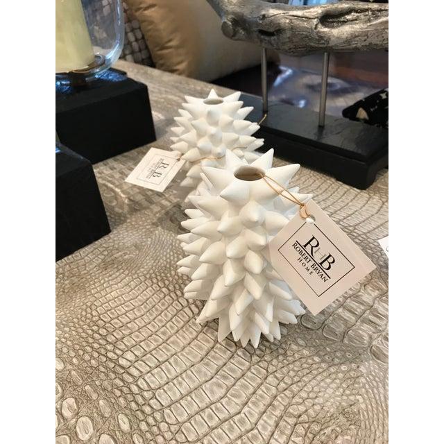 Contemporary White Urchin Vase - Image 3 of 3