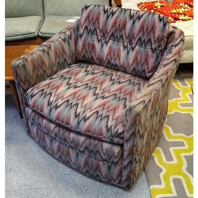 Vintage Post Modern Swivel Club Chair - Image 2 of 8