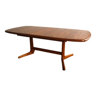 Dyrlund Expandable Teak Dining Table