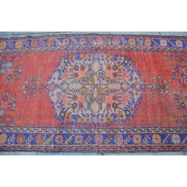 Vintage Turkish Rug - 2′9″ × 5′10″ - Image 4 of 6