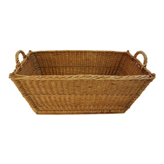 French Woven Willow/Wicker Market Laundry Basket