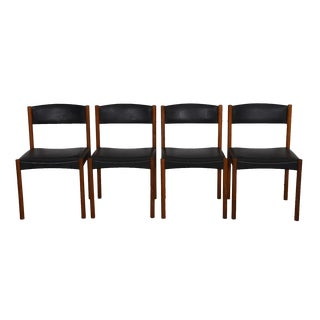Set of Four Danish Modern Dining Chair in Teak