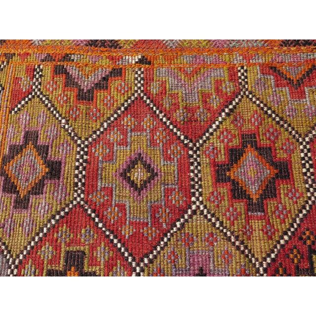 """Vintage Embroidered Turkish Kilim - 5'7"""" x 9'6"""" - Image 7 of 8"""