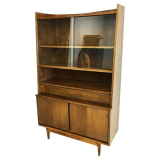 Mid-Century Modern Hutch in Walnut