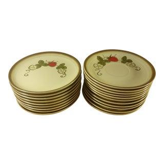 Metlox California Strawberry Plates - Set of 20
