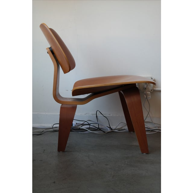 Image of Eames LCW Plywood Lounge Chair
