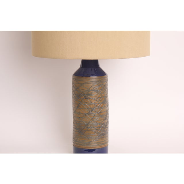 Blue and Tan Mid-Century Modern Ceramic Table Lamp - Image 3 of 5