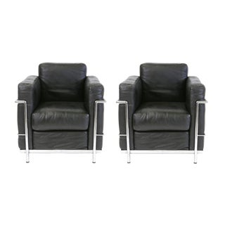 Vintage Le Corbusier Style Black Leather Club Chairs - A Pair