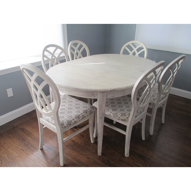 Contemporary Round White Dining Set - Image 5 of 9