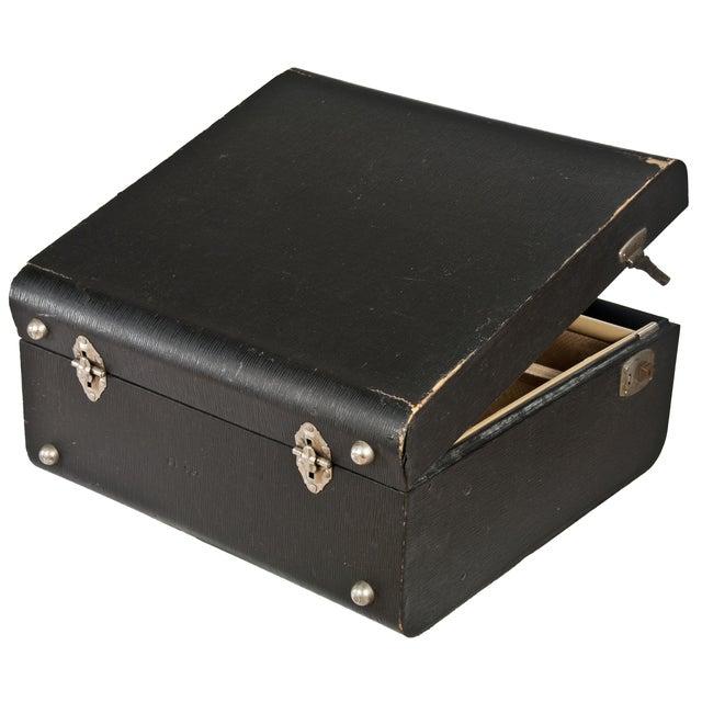 Image of Vintage Wheary Aviatrix Travel Suitcase