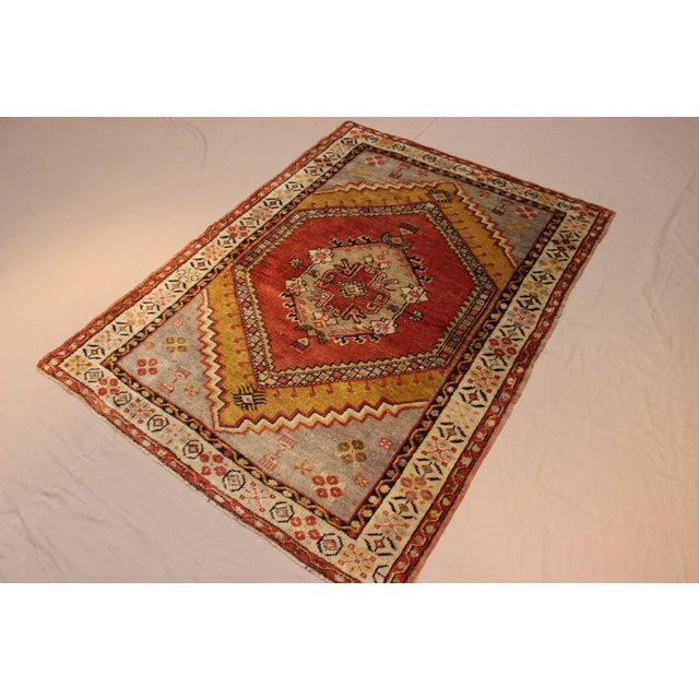 Vintage Turkish Woven Rug - 3'2'' x 4'7'' - Image 4 of 7