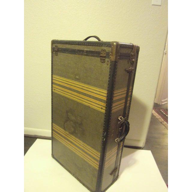 Vintage 1930s Petite Tweed Steamer Trunk - Image 6 of 10