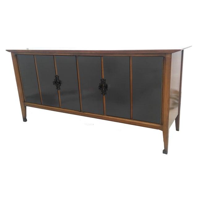 lacquered white furniture co mid century dresser chairish. Black Bedroom Furniture Sets. Home Design Ideas
