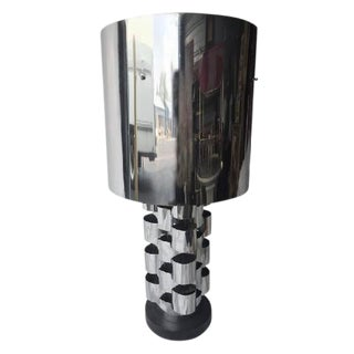 BRUTALIST POLISHED CHROME TABLE LAMP BY CURTIS JERE