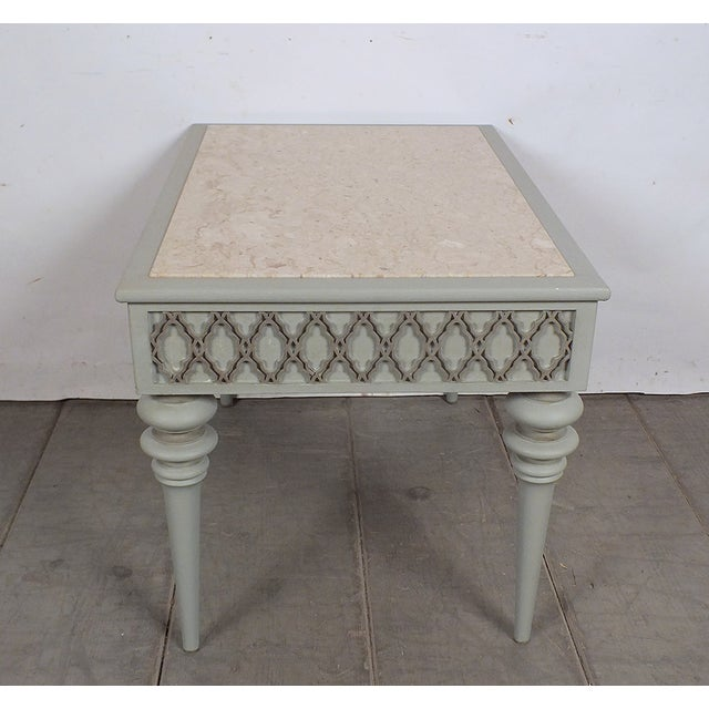 Regency-Style 1950s Painted End Table - Image 4 of 7