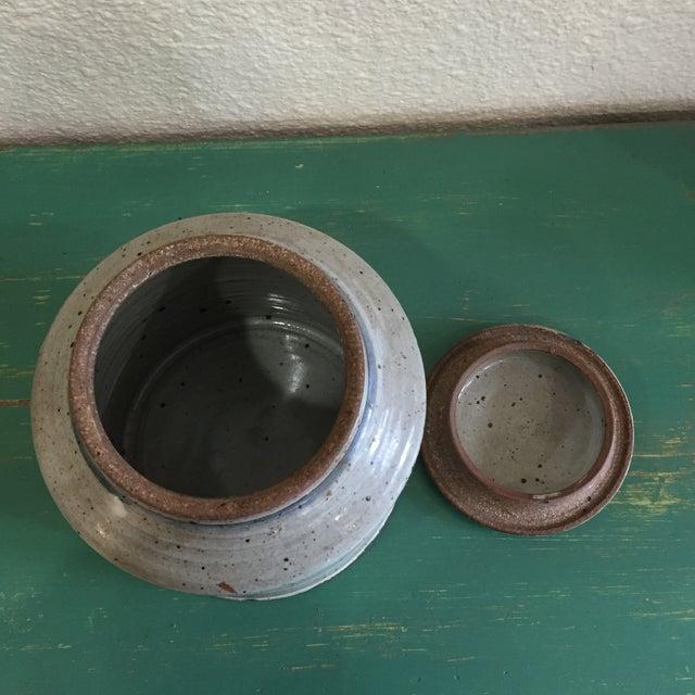 Hand Thrown Earthenware Cookie Jar - Image 4 of 6